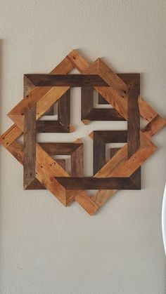 Unique Wooden Wall Decor Art Ideas For Your Home - Savvy Ways About Things Can Teach Us : The paneled wall is strikingly bold and I like the additional dimension it increases the space. As a boring or empty wall is similar to a canvas which. Reclaimed Wood Wall Art, Wooden Wall Decor, Wooden Art, Wooden Walls, Wall Art Decor, 2x4 Wood, Wood Stain, Wooden House, Diy Wood Projects