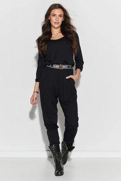 Ένας χώρος με ιδιαίτερα γυναικεία ρούχα και αξεσουάρ , με υψηλή ποιότητα και προσιτές τιμές. Έχουμε τα πιο στιλάτα είδη μόδας, μην ψάχνετε πουθενά αλλού, το Blush Greece είναι το δικό σας προσωπικό κατάστημα. Playsuits, Trousers Women, Jumpsuits For Women, Parachute Pants, Spandex, This Or That Questions, Model, Collection, Black