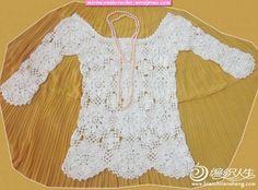 circle motif long sleeve blouse