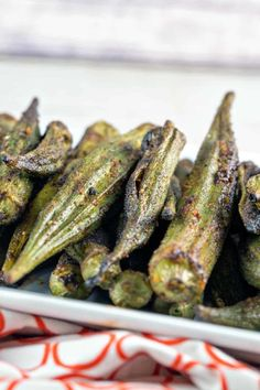 Grilled Okra Spicy Grilled Okra: Toss some okra on the grill for a crunchy, creamy, slime-free side. {Bunsen Burner Bakery} via Grilled Okra: Toss some okra on the grill for a crunchy, creamy, slime-free side. {Bunsen Burner Bakery} via Grilled Vegetable Recipes, Vegetable Dishes, Vegetarian Recipes, Cooking Recipes, Veggie Food, Vegetarian Cooking, Cooking Tips, Italian Cooking, Easy Cooking