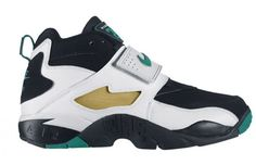 buy online ec0e4 65c5b The 100 Best Nikes of All Time64. Air Diamond Turf