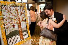 Guest book: Wedding tree quilt, one color leaves for friends another color for family of the bride or groom Tree Wedding, Wedding Guest Book, Wedding Blog, Wedding Gifts, Wedding Ideas, Wedding Pictures, Wedding Planning, Wedding Inspiration, Quilt Guest Books