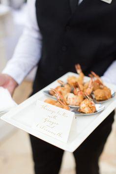 Finger Food para casamento: vale a pena? Finger Foods, Wedding Inspiration, Food Ideas, Pretty, Gastronomia, Antipasto, Valentines Day Weddings, Ideas, Beverages