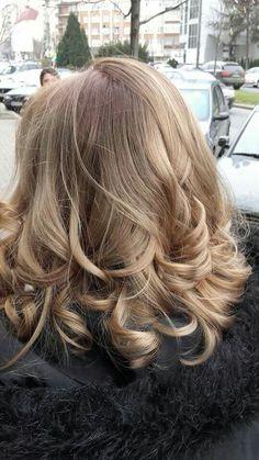 #FreelighsBlondor #wella #ombre #curls Curls, Long Hair Styles, Beauty, Long Hair Hairdos, Cosmetology, Long Hairstyles, Long Haircuts, Hair Weaves, Long Hair Dos