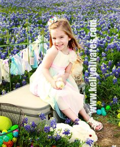 Bluebonnet Photography, Kelly Olivares Photography, Easter, Sessions, baby chicks, Arlington, TX