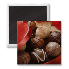 Chocolates are the most popular, most consuming and favorite sweet throughout the world. Yummy mouthwatering best chocolates are here for you. Famous Chocolate, I Love Chocolate, Chocolate Heaven, Chocolate Gifts, Chocolate Lovers, Chocolate Truffles, Chocolate Babies, Chocolate Snacks, Chocolate Spread