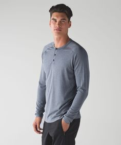 Seamless construction and anti-stink technology make this henley training-session ready. Lululemon Men, Lululemon Athletica, Top Hairstyles For Men, Long Hair On Top, Diy For Men, Long Sleeve Henley, Popular Mens Fashion, Short Tops, Everyday Look