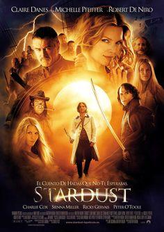 Stardust (2007) Aventuras, romance y fantasía en la historia de una estrella caída del cielo ★★★★☆ 14/10/2015