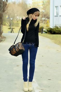 Cute outfit! Fall outfit. Winter outfit. Fashion: pants