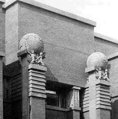 Larkin Building detail.