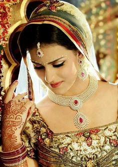 Malabar Gold Indian Diamond Jewelry   Jewellery Designs
