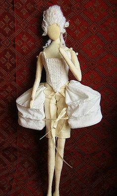 Dolls tutorials Love this way of beginning with a huge skirt a la 17th century