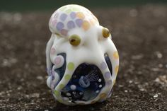Octopus of August - glass beads Polymer Clay Crafts, Resin Crafts, Octopus Art, Kraken, Clay Creations, Sea Creatures, Clay Art, Beautiful Creatures, Glass Beads