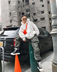 Get your outfit game straight all Chill Outfits, Tomboy Outfits, Tomboy Fashion, Swag Outfits, Dope Outfits, Retro Outfits, Fashion Killa, Streetwear Fashion, Look Fashion