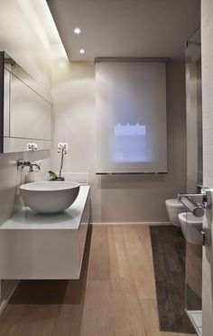 bathroom design for old person Studio Interior, Bathroom Interior Design, Modern Interior Design, Style At Home, Love Home, Modern Bathroom, Small Bathroom, Master Bathroom, Bad Styling