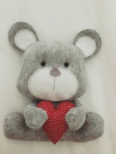 Ursinho romântico com molde