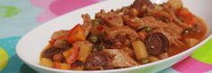 Callos is Spanish for beef tripe but, in the Philippines, it is a stew and tripe is only one of the many ingredients that include chorizo de Bilbao. Tripe Recipes, Chorizo Recipes, Filipino Recipes, Pork Recipes, Fish Recipes, Cooking Recipes, Pinoy Recipe, Filipino Dishes, Filipino Food