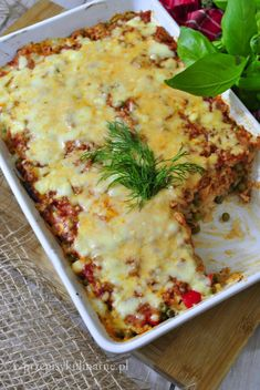 Zapiekanka z ryżu i mięsa mielonego - przepis na obiad Ricotta, Cooking Recipes, Healthy Recipes, Polish Recipes, Health Eating, Dinners For Kids, Lasagna, Dinner Recipes, Food Porn