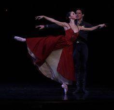 The Joffrey's spring program offers up a stunning world premiere Frederick Chopin, Chicago Entertainment, Joffrey Ballet, Jerome Robbins, Red Costume, Dance Pictures, Nocturne, Piano, Blush
