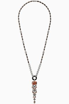 CARTIER. Necklace #Cartier #RésonancesDeCartier #2017 #HauteJoaillerie #HighJewellery #FineJewelry Tassel Jewelry, High Jewelry, Jewelery, Cartier Necklace, Cartier Jewelry, Imperial Topaz, Anniversary Jewelry, Pearl Pendant, Jewelry Crafts