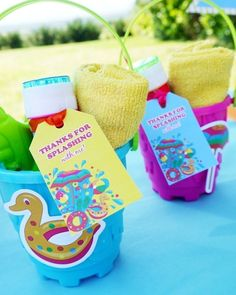 @birdsparty posted to Instagram: Here's a cute pool party favor that's also super practical: 1) Take a plastic pail 2) Fill with bubbles, mini towel, sunscreen 3) Finish it off with a cute printable tag (downloadable from link in bio) ☝ . #twitter #partydecoration #festalinda #festacriativa #bhgcelebrate #poolparty #birthdayparty #partyblogger #eventstyling #summertime #encontrandoideias #festapersonalizada #partyideas #festas #summerbirthday #diydecor #pool #diypartydecor #kidsbirt