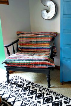 Hood Creek Log Cabin: DIY Recover Chair Cushions With Rag Rugs