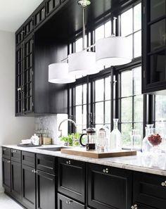 Bildresultat för kök överskåp och fönster