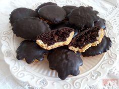 I biscotti degli sposi: i bocconotti Alla ricerca di antiche e nuove ricette e tradizioni