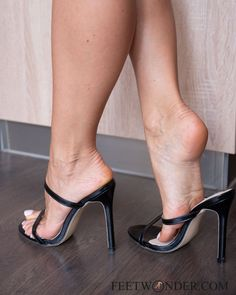 Find more sexy feet content on our website! Hot Heels, Sexy High Heels, High Heel Pumps, Stilettos, Feet Soles, Women's Feet, Pantyhose Heels, Beautiful High Heels, Sexy Toes