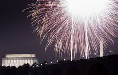 Fireworks Pictures - National Mall Independence Day: Fireworks Pictures - Lincoln Memorial
