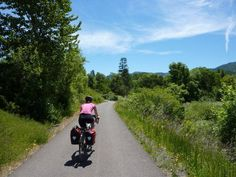 The best paved bike trails around Oregon offer car-free relaxation Seattle Vacation, Bike Trails, Biking, Oregon Washington, Rv Travel, Get Outside, The Best, Cyclists, Country Roads