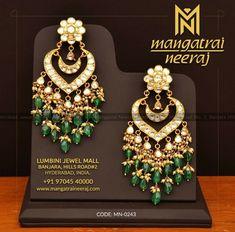 Gold Jewelry Buyers Near Me Indian Jewelry Sets, Indian Wedding Jewelry, Bridal Jewelry, Gold Jewelry, Jewelery, Weird Jewelry, Simple Jewelry, Gold Pendent, Indian Earrings