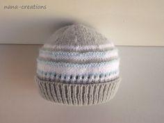 Bonnet bébé en laine layette tricoté main, blanc, gris et bleu ciel, 0/3 mois.  : Mode Bébé par nana-creations