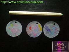 BRICOLAGE: Collier avec des dessins d'enfants en plastique fou