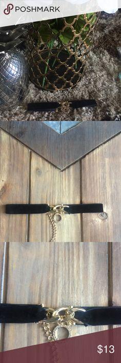 Black velvet with diamond gold accent Sexy black velvet choker with diamond god accent Jewelry Necklaces