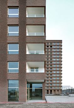 Tony Fretton Architects, Michel Desvigne, Peter Cook , Filip Dujardin · Westkaai Towers 5 & 6