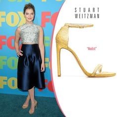 Zoe Levin in Stuart Weitzman Nudist Gold Leather Ankle-Strap Sandals. #fashionista #vogue