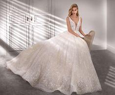 Moda sposa 2020 - Collezione NICOLE COUTURE.  NCA20361. Abito da sposa Nicole. Princess Wedding Dresses, Dream Wedding Dresses, Wedding Gowns, San Patrick, Mermaid Dresses, Girls Dresses, Gorgeous Wedding Dress, Mod Wedding, Couture Dresses