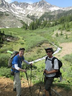 ON A DAY HIKE TO CATHEDRAL LAKE NEAR #ASPEN #COLORADO WITH SOME FRIENDS FROM WORK. | n2backpacking.com
