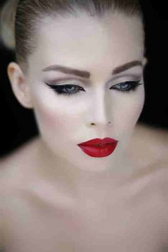 Bold red lip + Black eyeliner = Wedding Makeup @dani