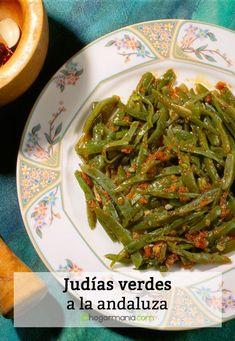 Judías verdes a la andaluza Nut Recipes, Veggie Recipes, Vegetarian Recipes, Cooking Recipes, Healthy Recipes, Aperitivos Vegan, Yummy Food, Good Food, Mediterranean Recipes