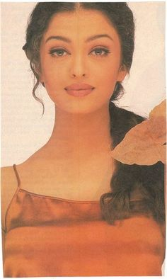 Aishwarya Rai Young, Aishwarya Rai Photo, Actress Aishwarya Rai, Aishwarya Rai Bachchan, Bollywood Girls, Vintage Bollywood, Bollywood Fashion, Beautiful Bollywood Actress, Beautiful Indian Actress