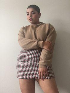 - Plus Size Fashion & Dress Fashion 90s, Look Fashion, Girl Fashion, Fashion Outfits, Curvy Women Fashion, Chubby Fashion, Fashion Pants, Mens Fashion, Curvy Girl Outfits