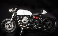 il-sorpasso-moto-guzzi-v11-custom-build-by-emporio-moto-guzzi-3