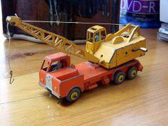 Twenty Ton Lorry Mounted Crane - Dinky Supertoys 972