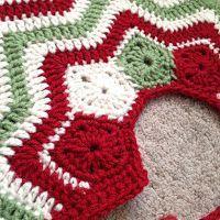 Free Christmas tree skirt crochet pattern