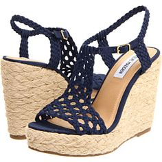 Steve Madden Manngo - I am a girl of the when in HS everyone had to have rope band wedge heels, hip huggers flair jeans, large frame sunglasses, hobo macrame' totes and Farrah looks alot like Cute Shoes, Me Too Shoes, Steve Madden Wedges, Crochet Shoes, Prom Shoes, Crazy Shoes, Mode Style, Summer Shoes, Wedges