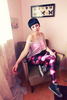Jellyfish Pink Leggings by Black Milk Clothing http://noralovely.tumblr.com/