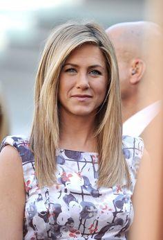 Jennifer Aniston medium hair length... thinking about cutting my hair this length