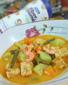 resep sayur lodeh instagram Fried Banana Recipes, Fried Bananas, Meal Prep Plans, Asian Recipes, Ethnic Recipes, Egg Dish, Indonesian Food, Vegetable Recipes, Food And Drink